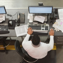 workeratdesk_business_desk